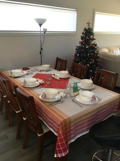 Az ünnepi asztal by Gréti